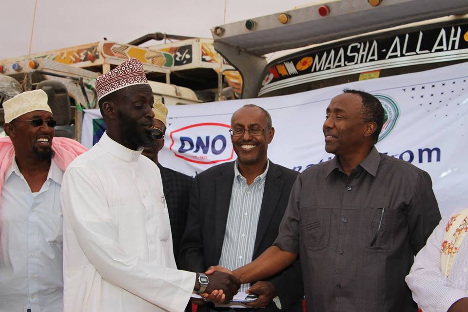 Ministry of Energy and DNO AS distribute food Aid to 1600 Drought affected Families in Sool and Sanaag Regions